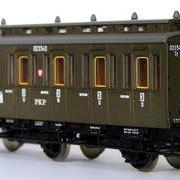 Wagon osobowy 3 kl  Cy (Dracula Roco 45764 R/023542)